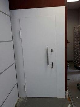 Дверной блок I класса взломостойкости и Бр2 класса пулестойкости 900x2100 мм