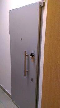 Дверной блок 2-ого класса устойчивости к взлому и класса Бр-2 по пулестойкости