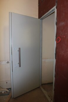 Дверной блок взрывостойкий ДЗ.ТНТ.Бр4 «Торнадо» одностворчатый 900х2100 мм